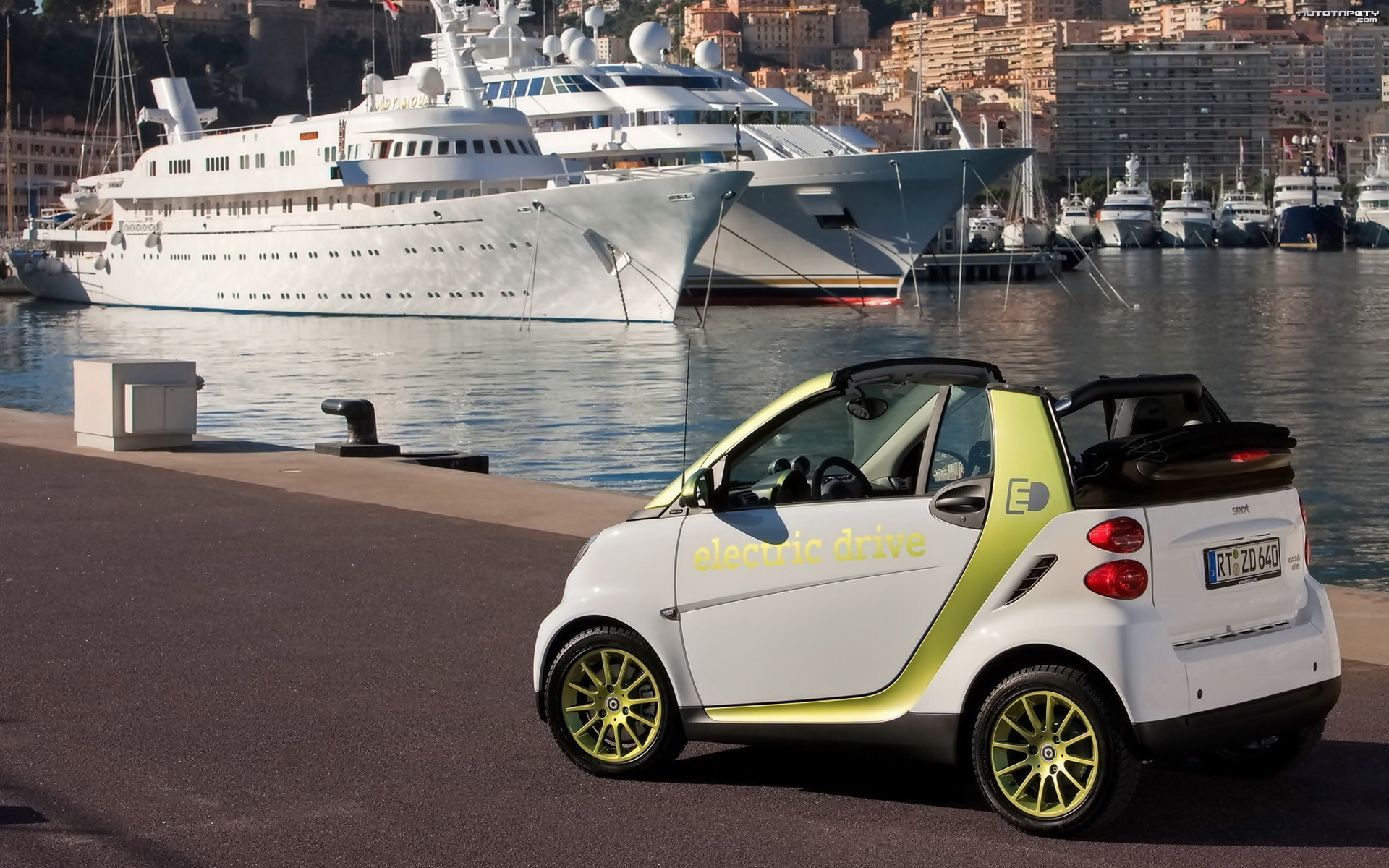 Smart Fortwo Electric Drive, 2011, Statki