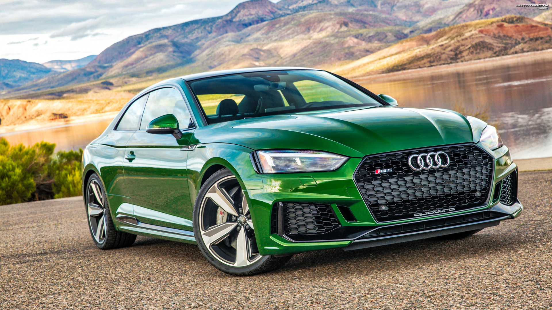 Zielone, Audi RS5 Coupe