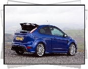 Niebieski, Ford Focus RS