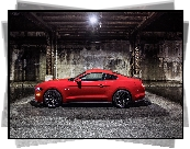 Ford Mustang GT, Bok