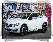 Volvo S60, Cross Country